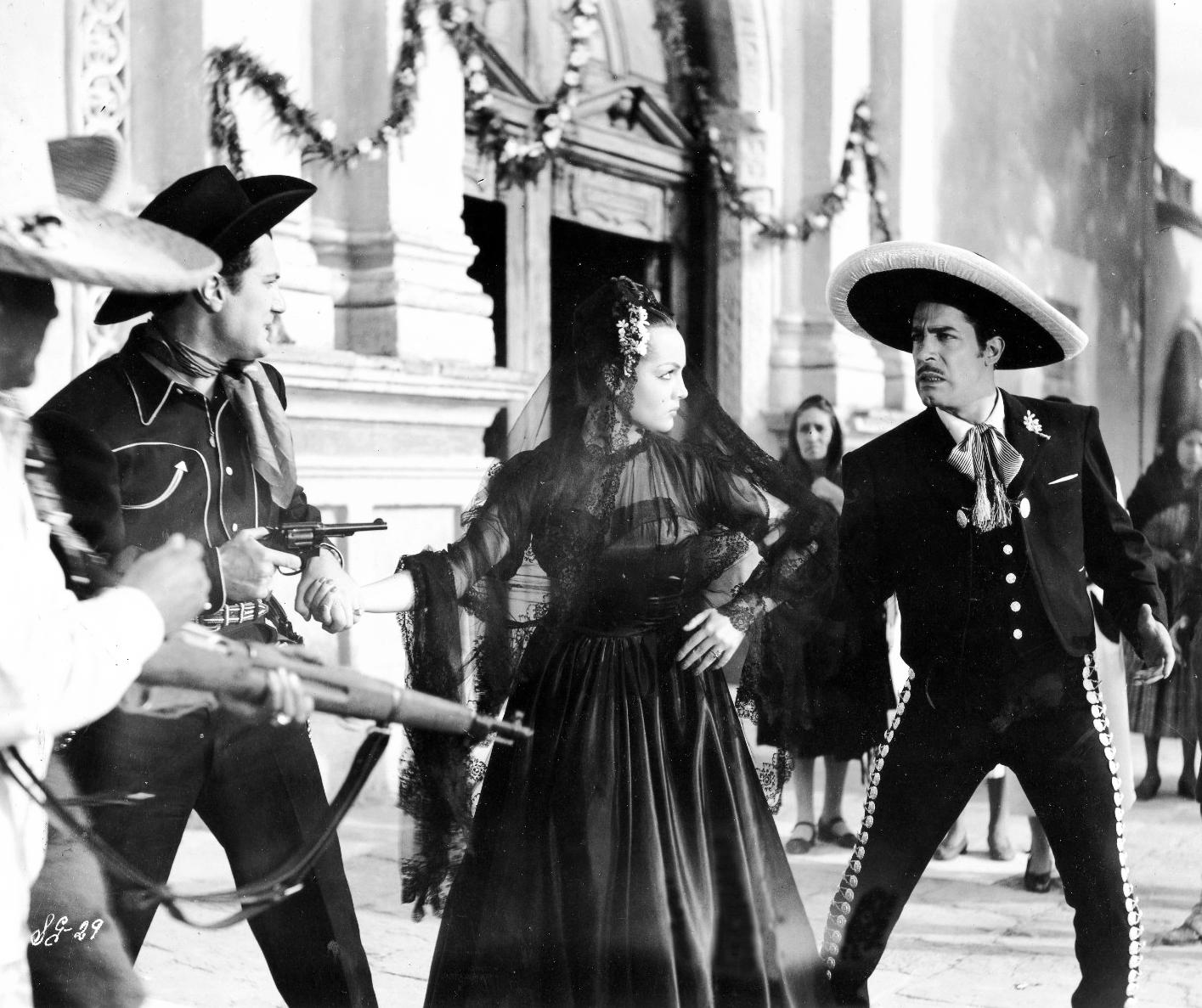 Marco de Carlo, Joaquín Cordero, and Sara Montiel in Yo soy gallo dondequiera!.. (1953)