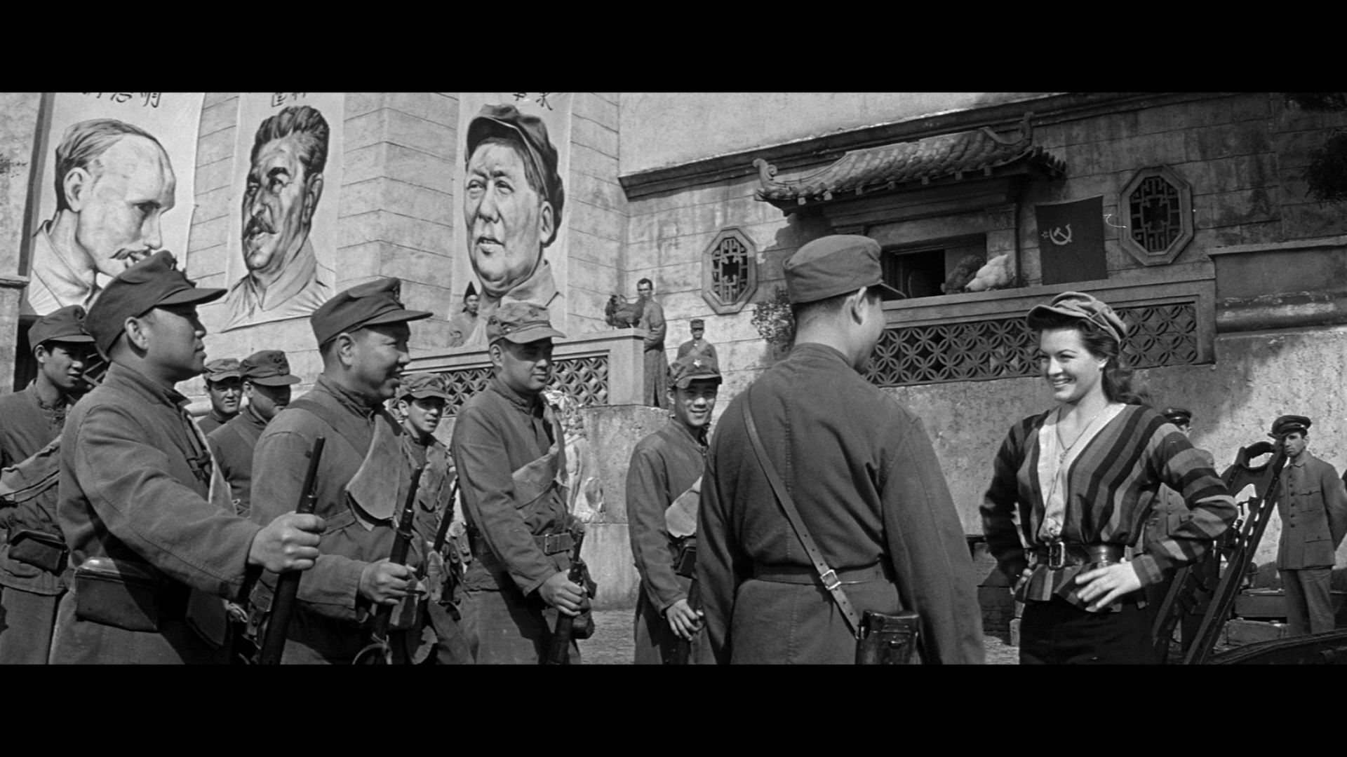 War Movie : China Gate (1957)