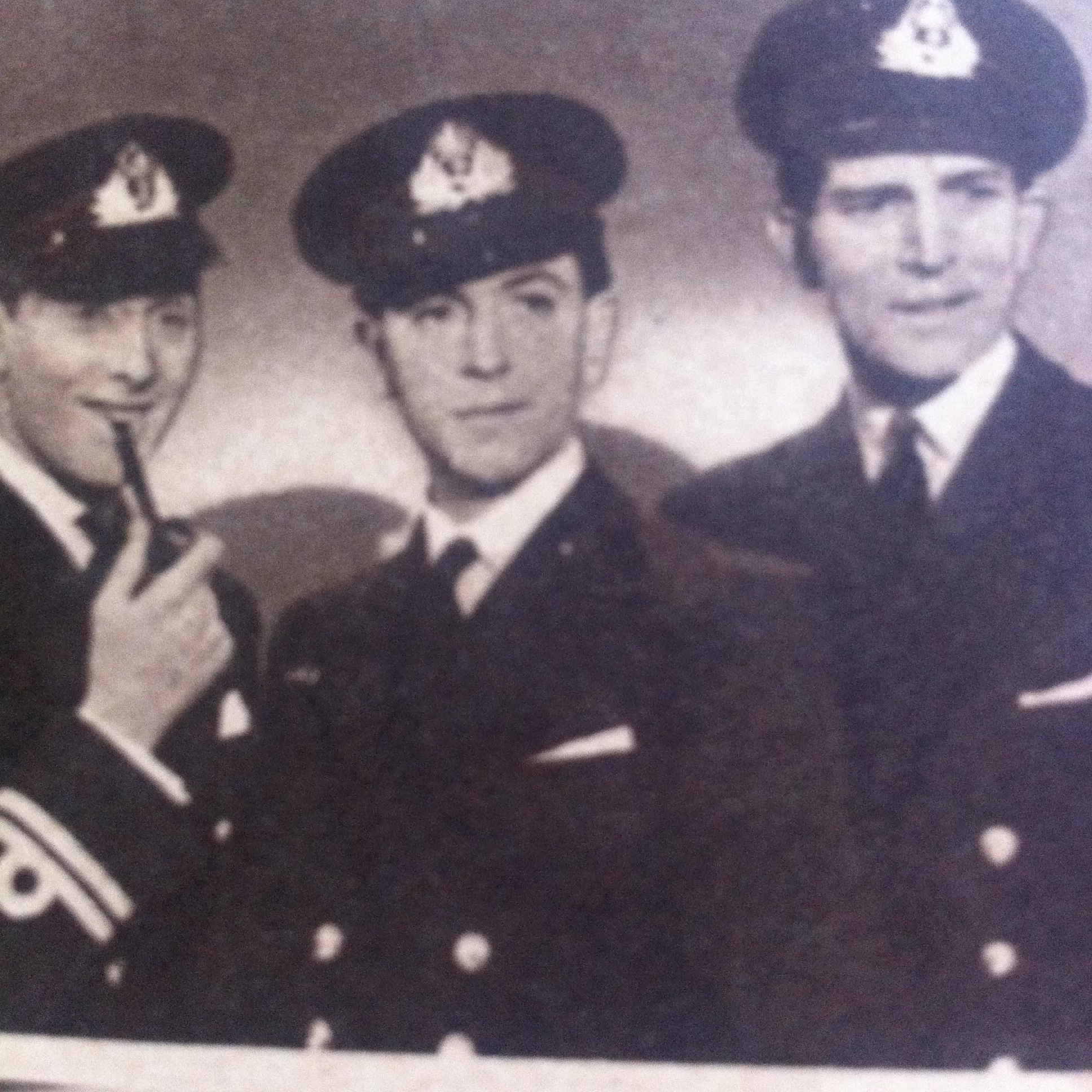 John Clements, Michael Rennie, and Michael Wilding in Ships with Wings (1941)