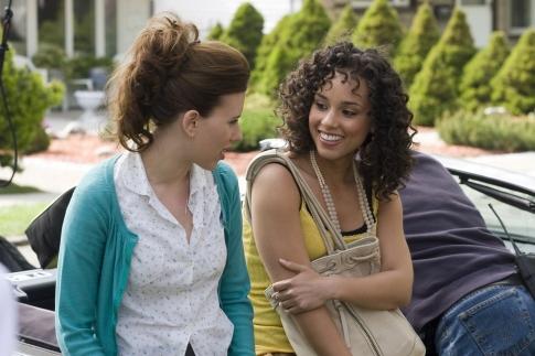 Scarlett Johansson and Alicia Keys in The Nanny Diaries (2007)