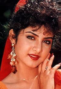 Primary photo for Divya Bharti