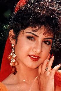Divya Bharti Picture