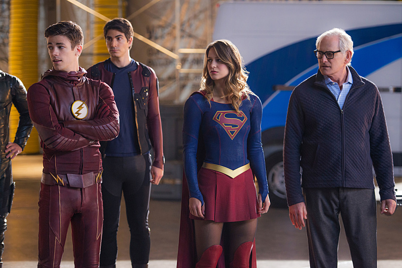Victor Garber, Brandon Routh, Melissa Benoist, and Grant Gustin in Legends of Tomorrow (2016)