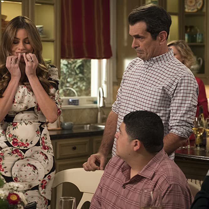 Sofía Vergara, Ty Burrell, Jesse Tyler Ferguson, and Rico Rodriguez in Modern Family (2009)