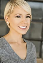 Laura Distin's primary photo