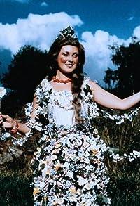 Primary photo for Nada Konvalinková