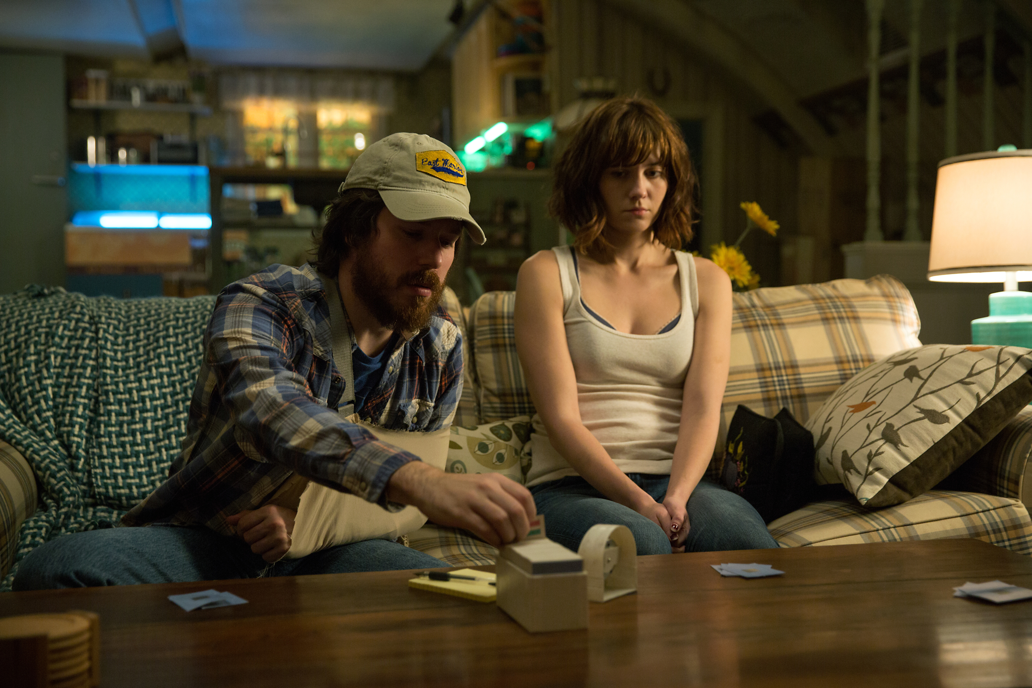 John Gallagher Jr. and Mary Elizabeth Winstead in 10 Cloverfield Lane (2016)