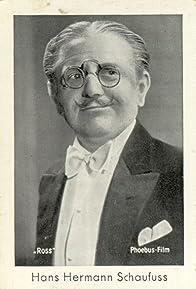 Primary photo for Hans Hermann Schaufuß