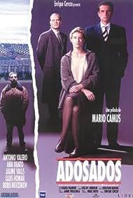 Ana Duato, Lluís Homar, and Antonio Valero in Adosados (1996)