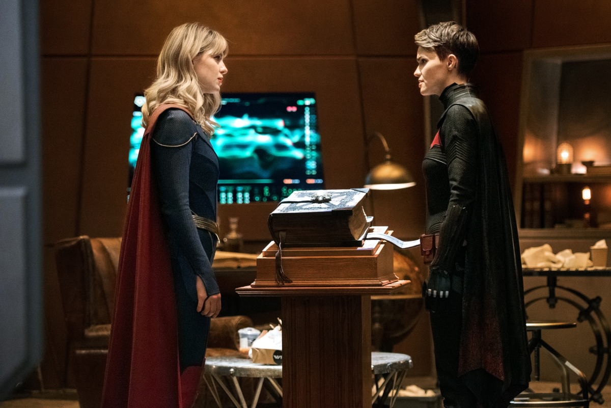 Melissa Benoist and Ruby Rose in The Flash (2014)