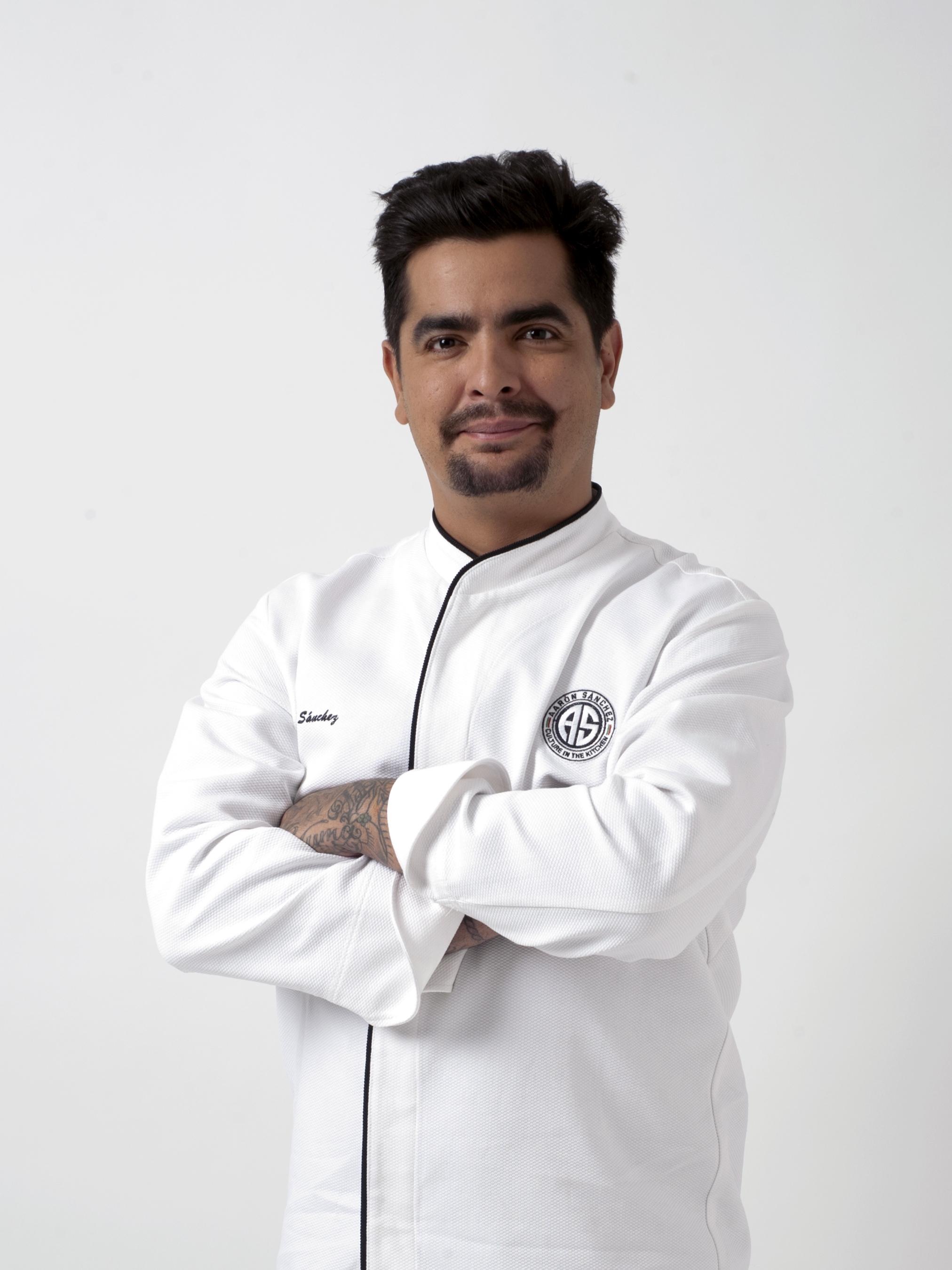Aarón Sánchez - IMDb