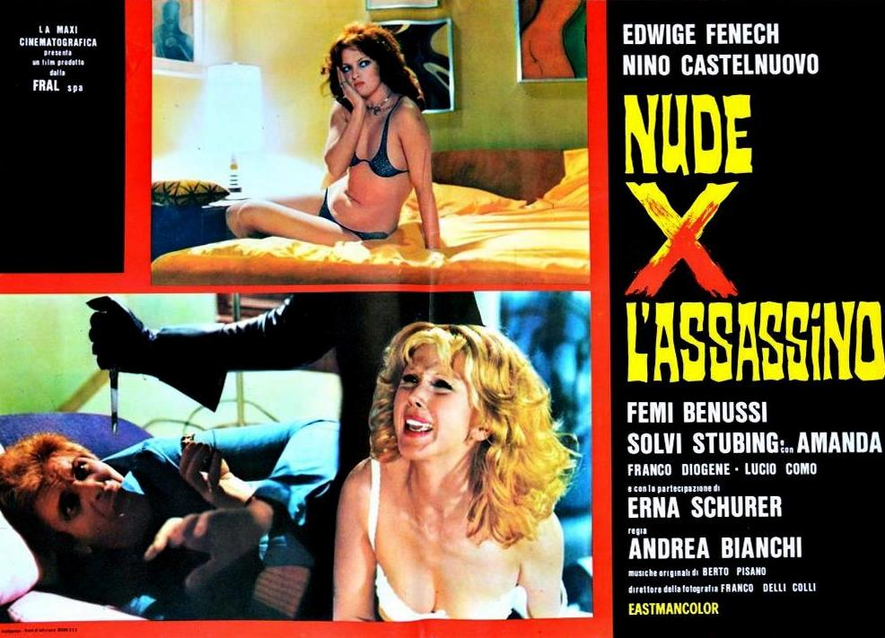 Femi Benussi and Erna Schurer in Nude per l'assassino (1975)
