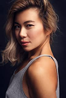Janet Rose Nguyen Picture
