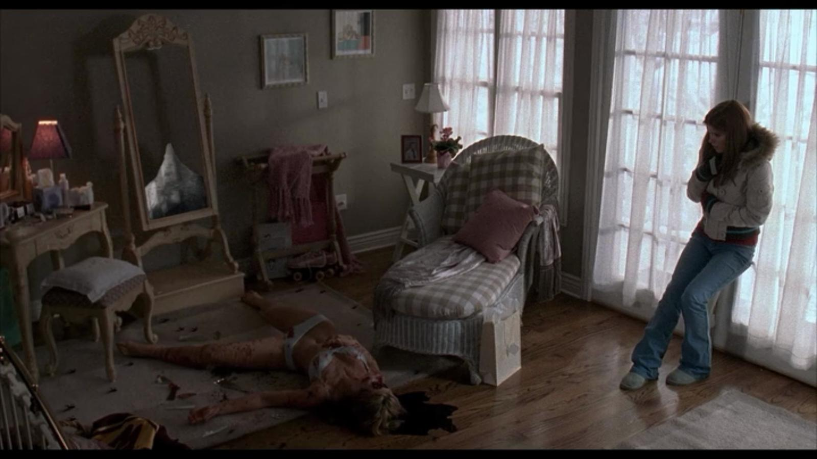 Audra Lea Keener and Kate Mara in Urban Legends: Bloody Mary (2005)