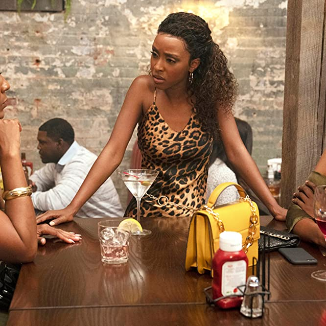 Novi Brown, Mignon, and Ebony Obsidian in Sistas (2019)