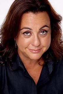 Tara Karsian Picture