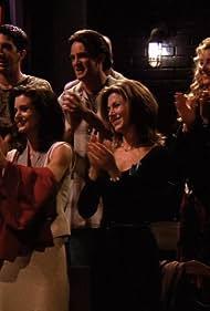 Jennifer Aniston, Courteney Cox, Lisa Kudrow, Matthew Perry, and David Schwimmer in Friends (1994)