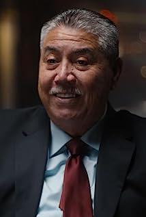 Gil Carrillo