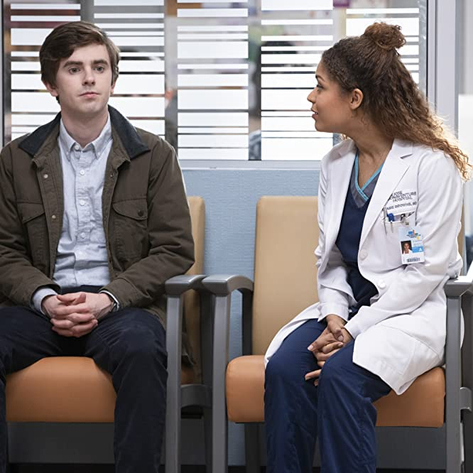 Freddie Highmore and Antonia Thomas in The Good Doctor (2017)