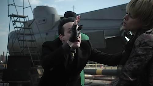 Gotham: Barbara, Nygma & Penguin Plan To Leave Gotham In A Submarine