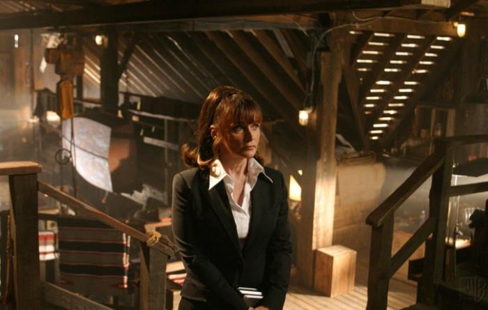Smallville 4×01 – Cruzada