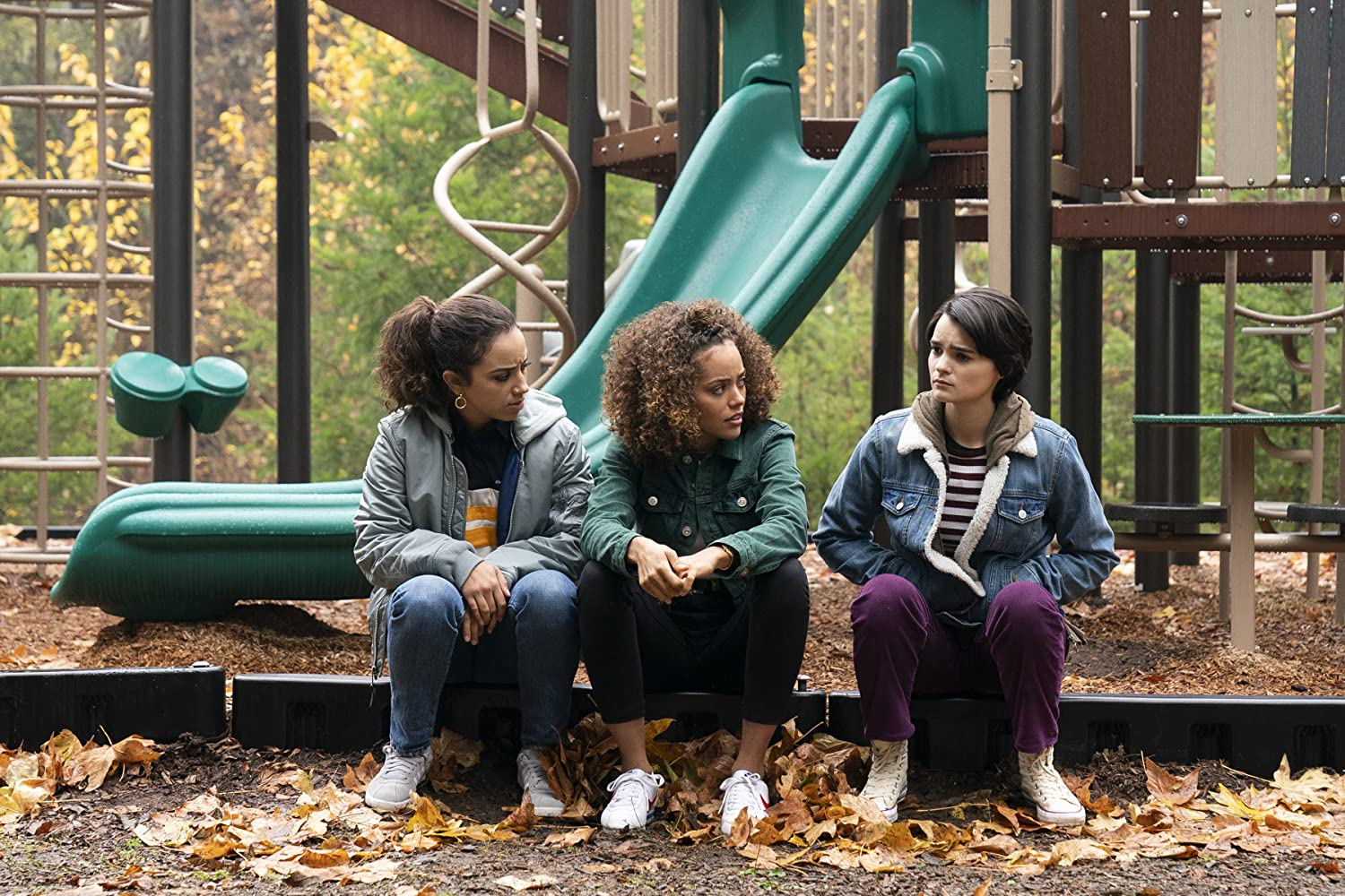 Kiana Madeira, Brianna Hildebrand, and Quintessa Swindell in Trinkets (2019)