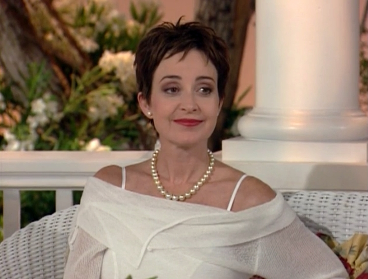 Annie Potts in The Designing Women Reunion (2003)