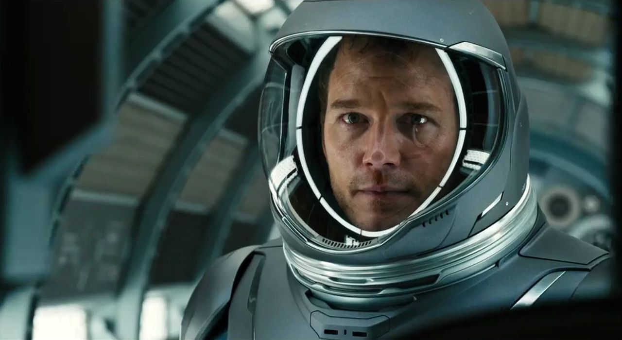 Chris Pratt dalam Passengers (2016)