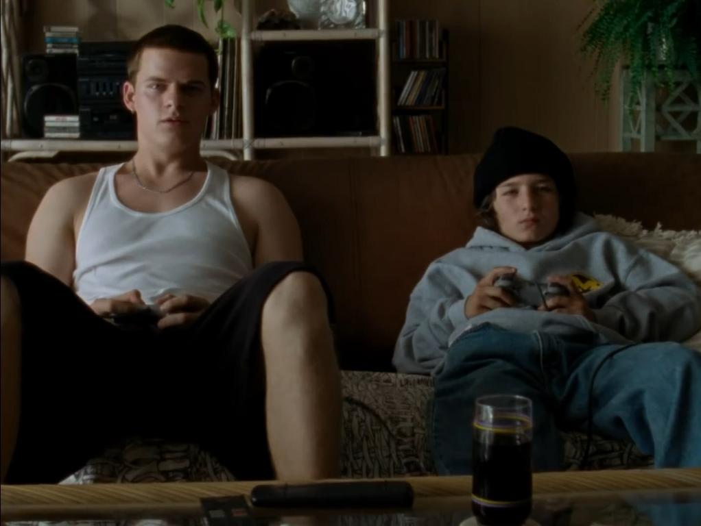 Lucas Hedges and Sunny Suljic in Mid90s (2018)