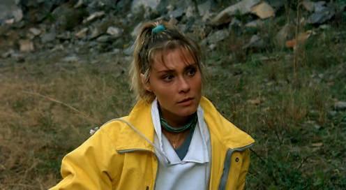 Isabel Russinova in Noi uomini duri (1987)