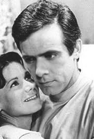 Francisco Cuoco and Miriam Mehler in Redenção (1966)