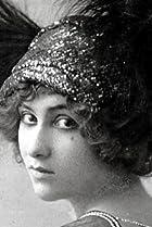 Lilian Greuze