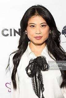 Tomoko Karina Picture