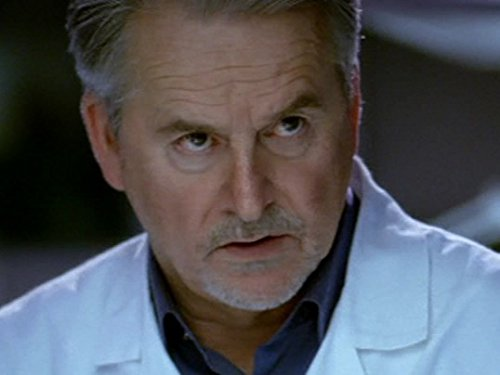 Trevor Eve in Waking the Dead (2000)