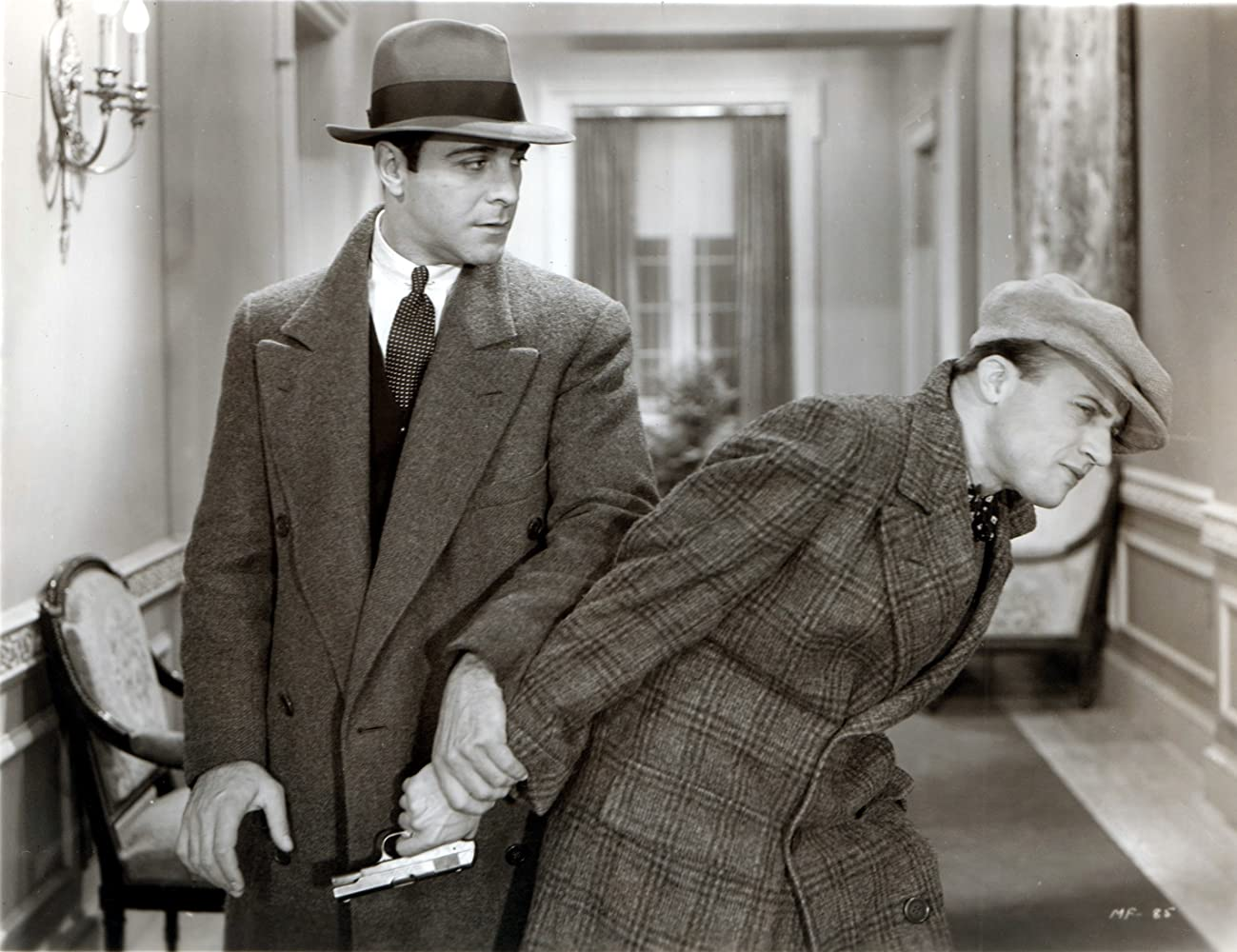 Ricardo Cortez and Dwight Frye in The Maltese Falcon (1931)
