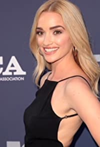 Primary photo for Brianne Howey