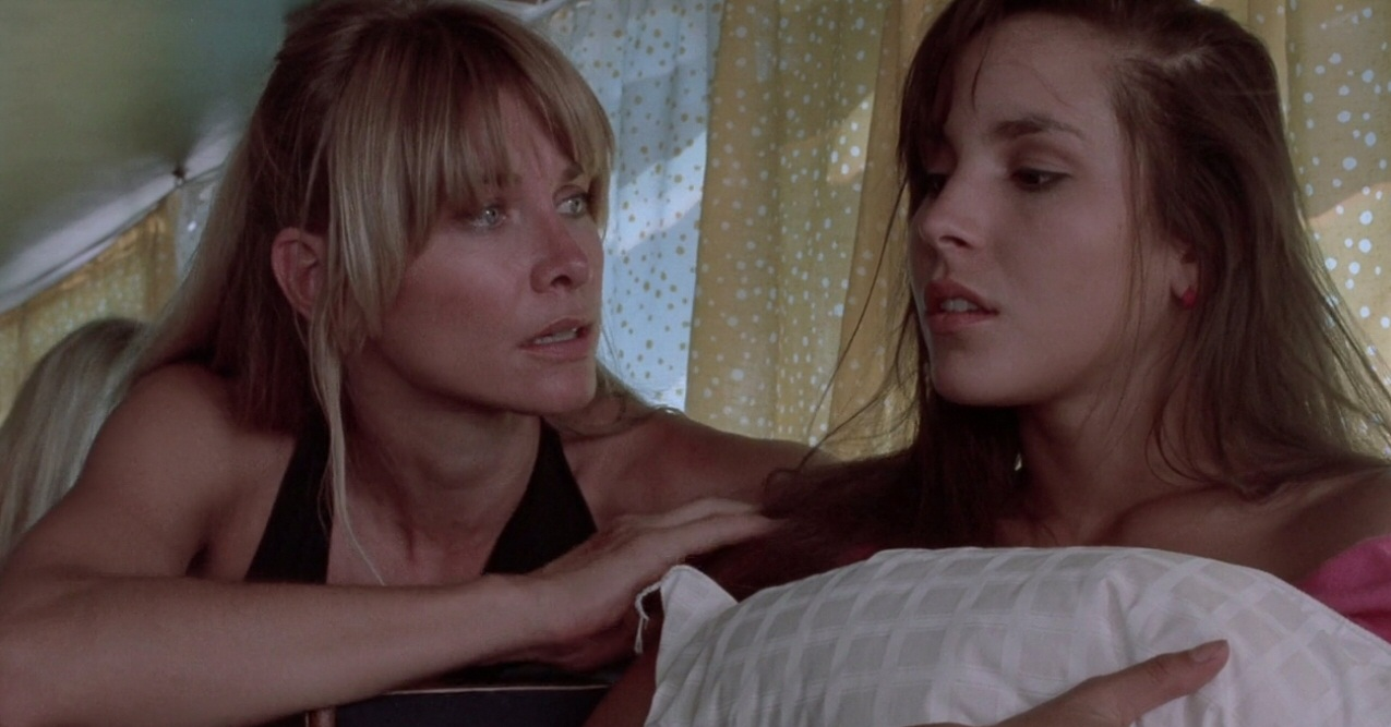 Sonjia Redo and Lisa Zambrano in Blood Games (1990)