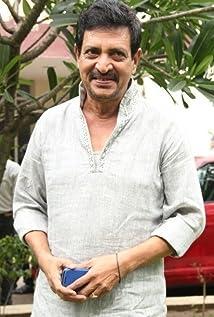 Nizhalgal Ravi Picture