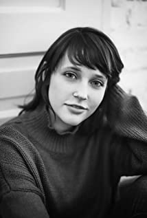 Nicole Elliott Picture