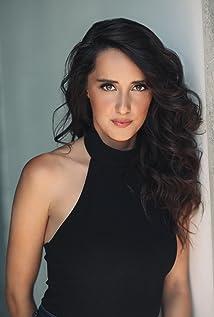 Alexandra Lainfiesta Picture