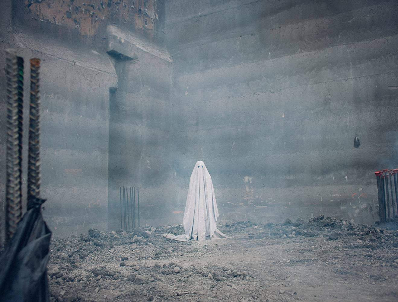 Casey Affleck in A Ghost Story (2017)