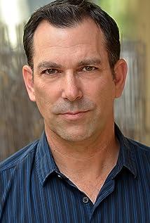 Robert Mammana Picture