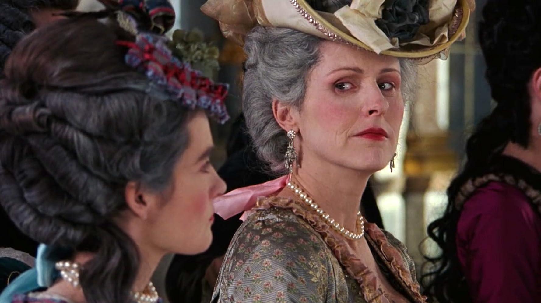 """Résultat de recherche d'images pour """"Molly Shannon Marie-Antoinette"""""""