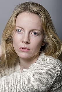 Alexandra Moen Picture