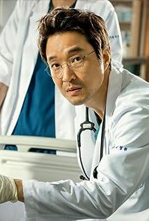 Han Suk-kyu Picture
