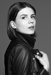 Katja Herbers Picture