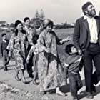 Esther Greenberg, Shaike Levi, Geula Nuni, and Topol in Sallah Shabati (1964)