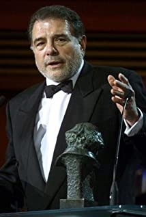 Juan Luis Galiardo Picture