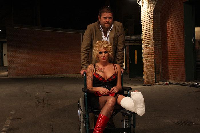 Szonja Oroszlán and Gyözö Szabó in Valami Amerika 2 (2008)