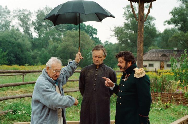 Krzysztof Globisz, Andrzej Seweryn, and Andrzej Wajda in Pan Tadeusz (1999)
